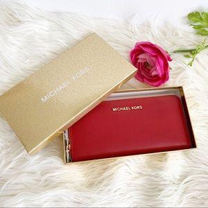 ‼️Last one‼️ Michael Kors Continental Wallet